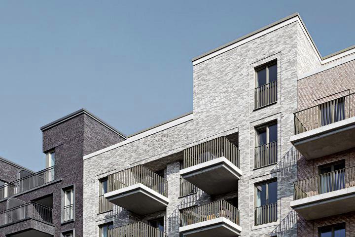 1107_Eleven-Houses_BIWERMAU_F_10_150_sRGB